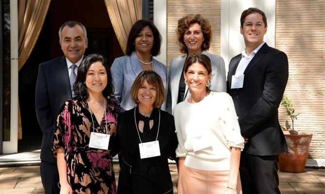 Mayra Igushi e Lígia Danesi, do Hip Hotels, com os executivos dos cinco empreendimentos que representam no Brasil: José Montoya, da rede Jumeirah, Carol Volkwyn, da rede Sabi Sabi, Pam Smith, do Viceroy Snowmass, Susana Martins, do Corinthia Hotel Lisboa, e Mark O'Brien, do Sun International