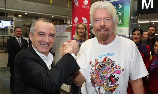 John Borghetti, CEO da Virgin Australia, e Richard Branson, fundador do Grupo Virgin