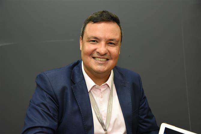 Robspierre Valcácio, diretor de Vendas e Marketing do Vogal Luxury Beach, na ILTM Latin America