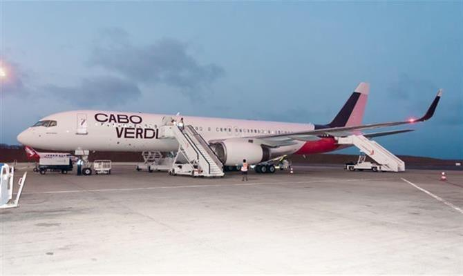 O Boeing 757-200 da Cabo Verde Airlines